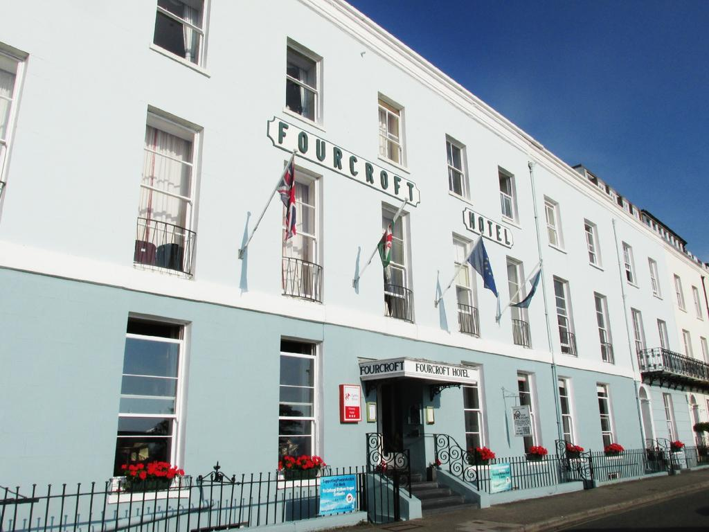 Tenby: Hotel goes into administration as new owner's business empire collapses – The Pembrokeshire Herald
